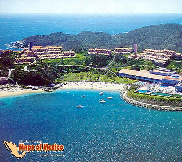 how to get to huatulco mexico